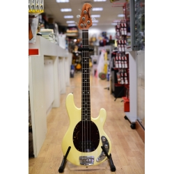 Basso Music Man Sting Ray 4...