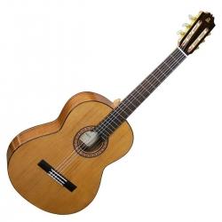 Admira A2 - Chitarra classica